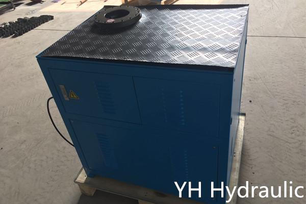 Máquina de prensar virola